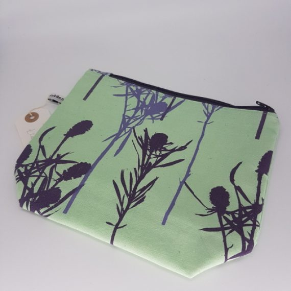Purple and Lilac Thistle Design Wash Bag (Medium)