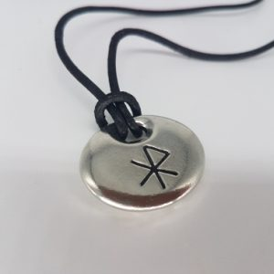 love bind rune necklace